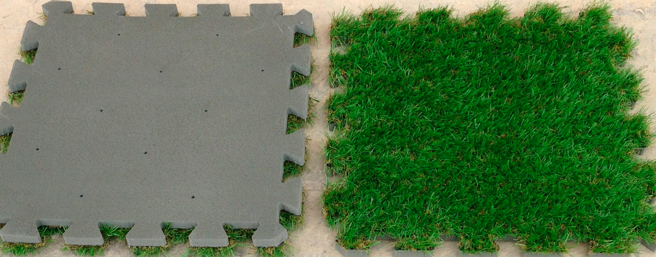 Césped artificial colocado en puzzle